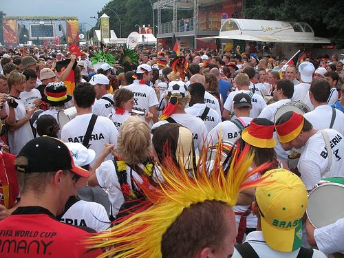Fanmeile in Berlin - Public Viewing mit einer Millionen Fans/ Flickr_Paleontour